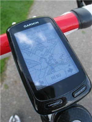 Garmin Edge 800/810 - displays maps and cue-sheet information